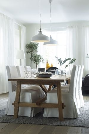 Clic White Dining E With Rustic And Touches Featuring The Ranarp Pendant Lamp MÖckelby Oak Table From Ikea