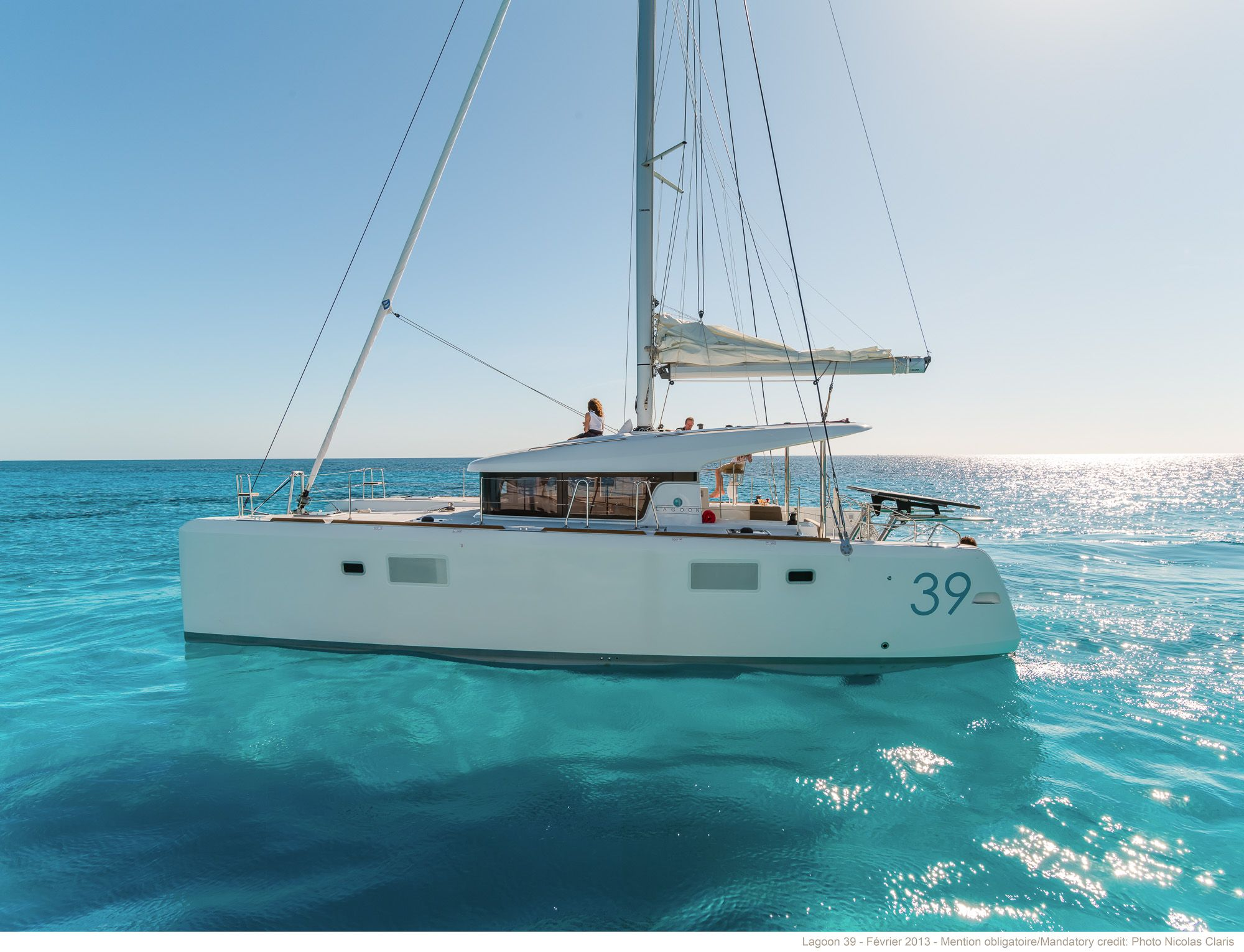 Lagoon Catamarans Building Sale And Chartering Of Luxury Cruising Catamarans Sailing Yacht Sailing Catamaran