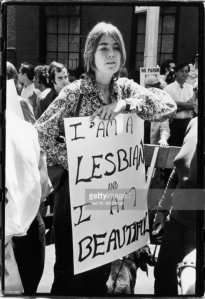 Large ebony lesbians