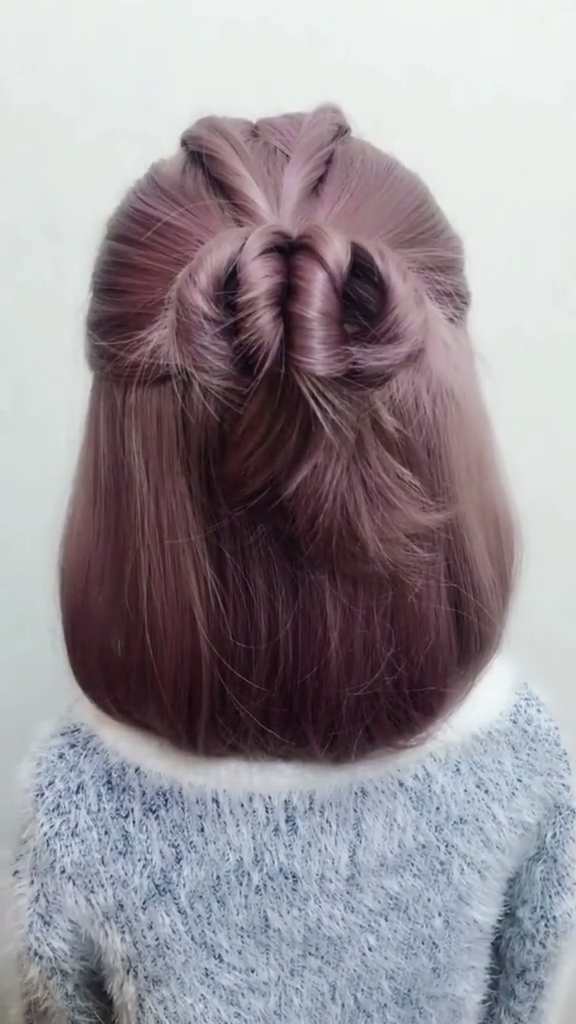 Hairstyles For Short Hair Videos Hairstyles Tutorials Cute And Cool Hairstyles Braided In 2020 Short Hair Tutorial Medium Length Hair Women Medium Length Hair Styles