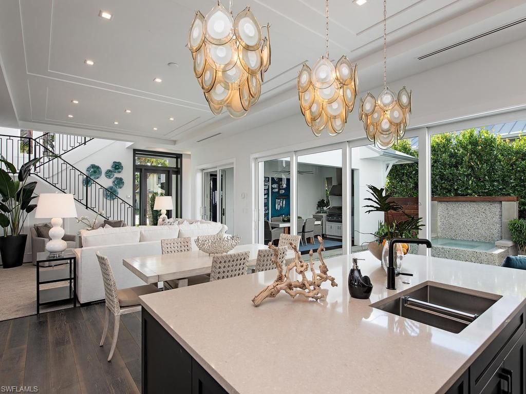 489 1st Ave S, Naples, FL 34102 in 2019 | Home interior ...