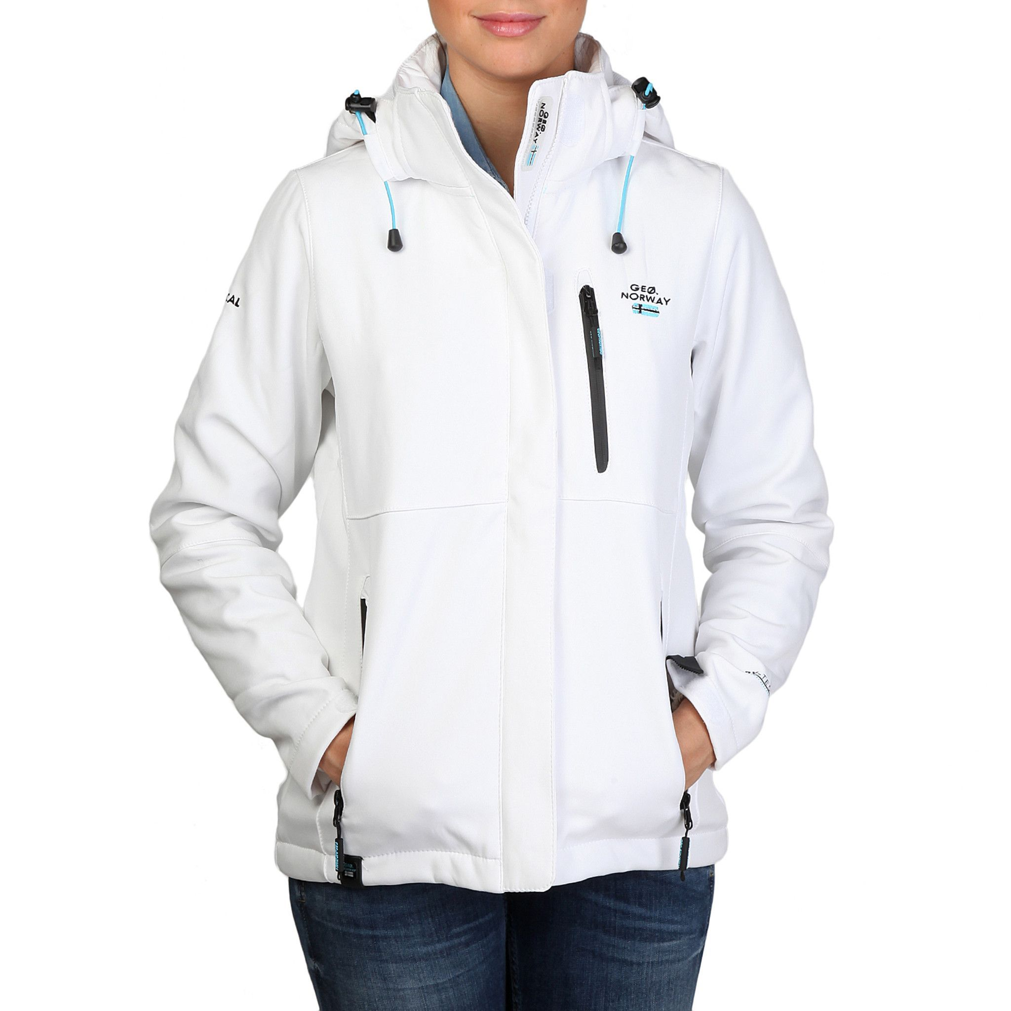 Geographical Norway - Tchika_womanA_white