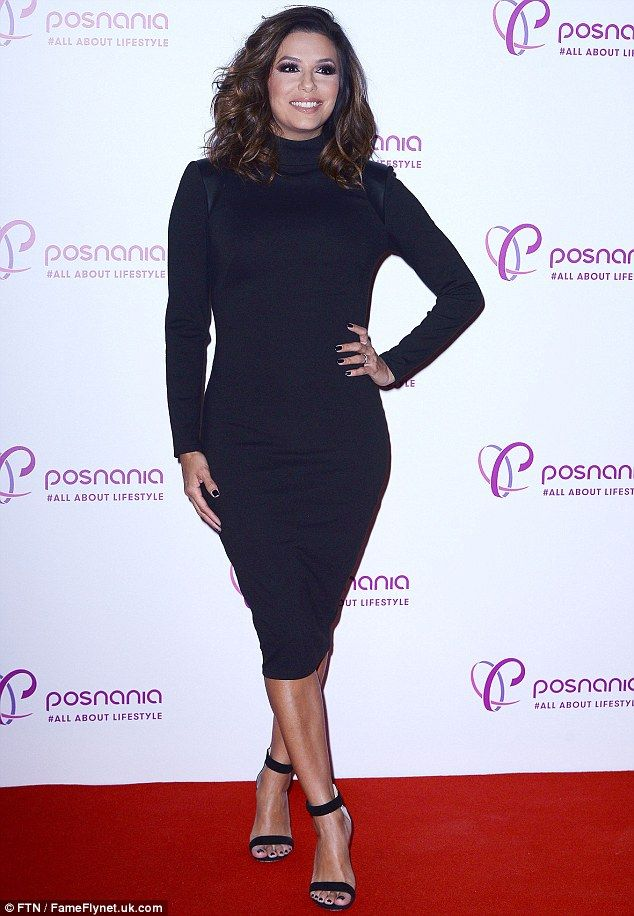 361e63ef6e8e Demanding attention  Eva Longoria looked like a boss in charge in a  curve-hugging