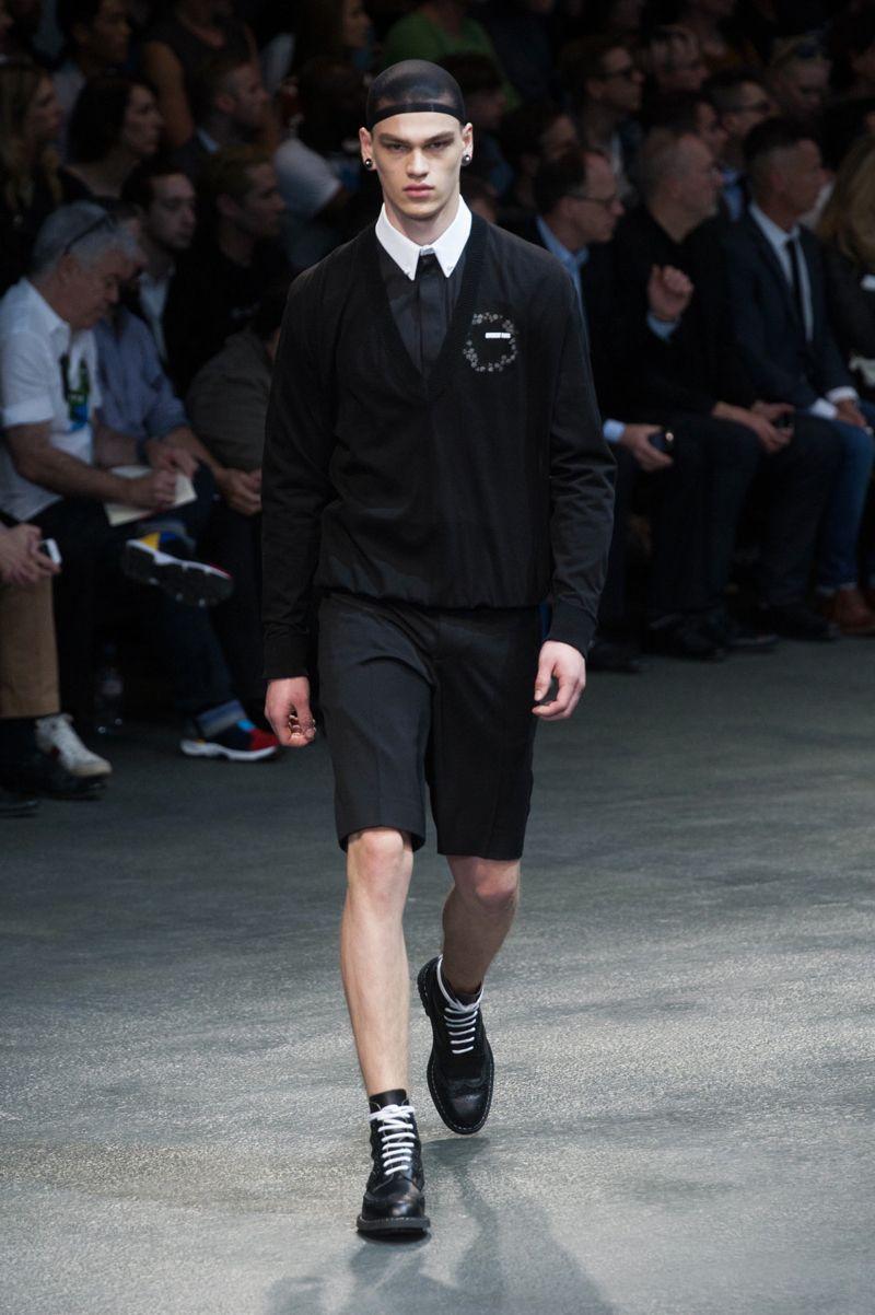 Givenchy-2015-Men-Spring-Summer-Paris-Fashion-Week-002