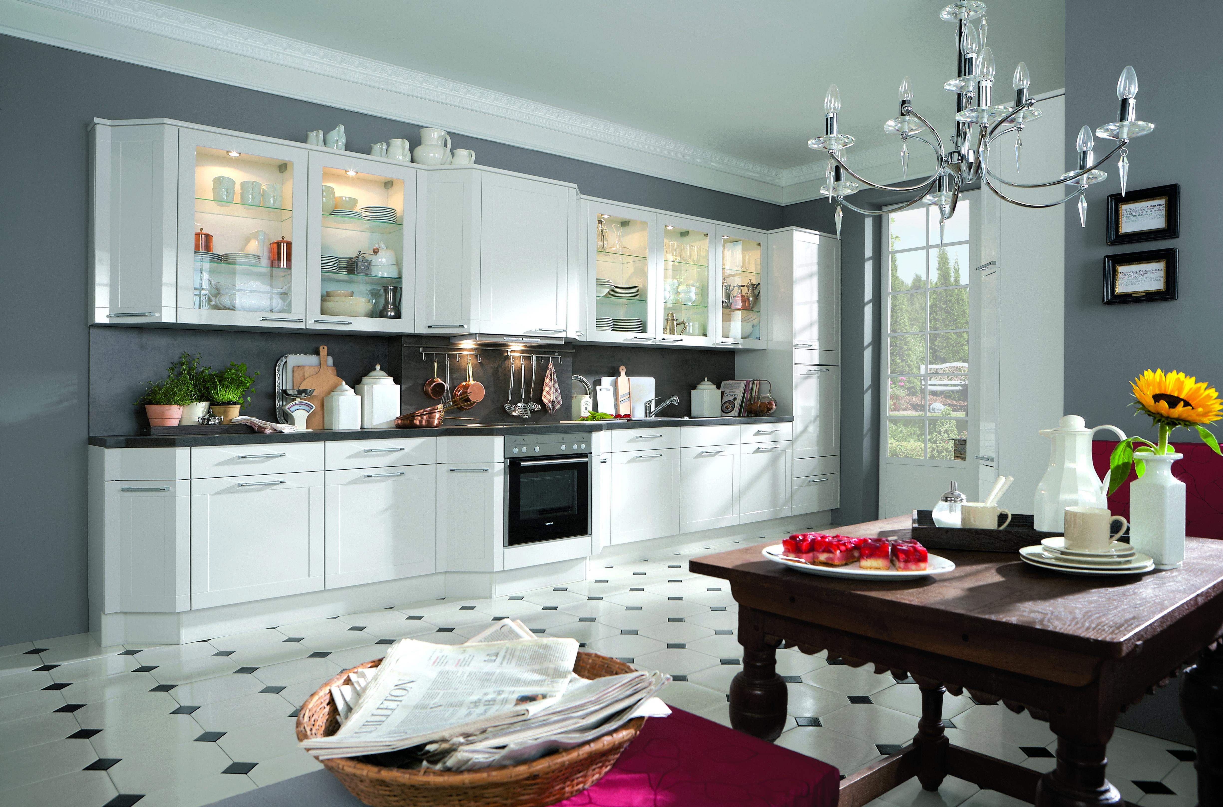 noblessa cuisine trendy cuisine schmidt courbevoie beautiful modle de salle de bains noblessa. Black Bedroom Furniture Sets. Home Design Ideas