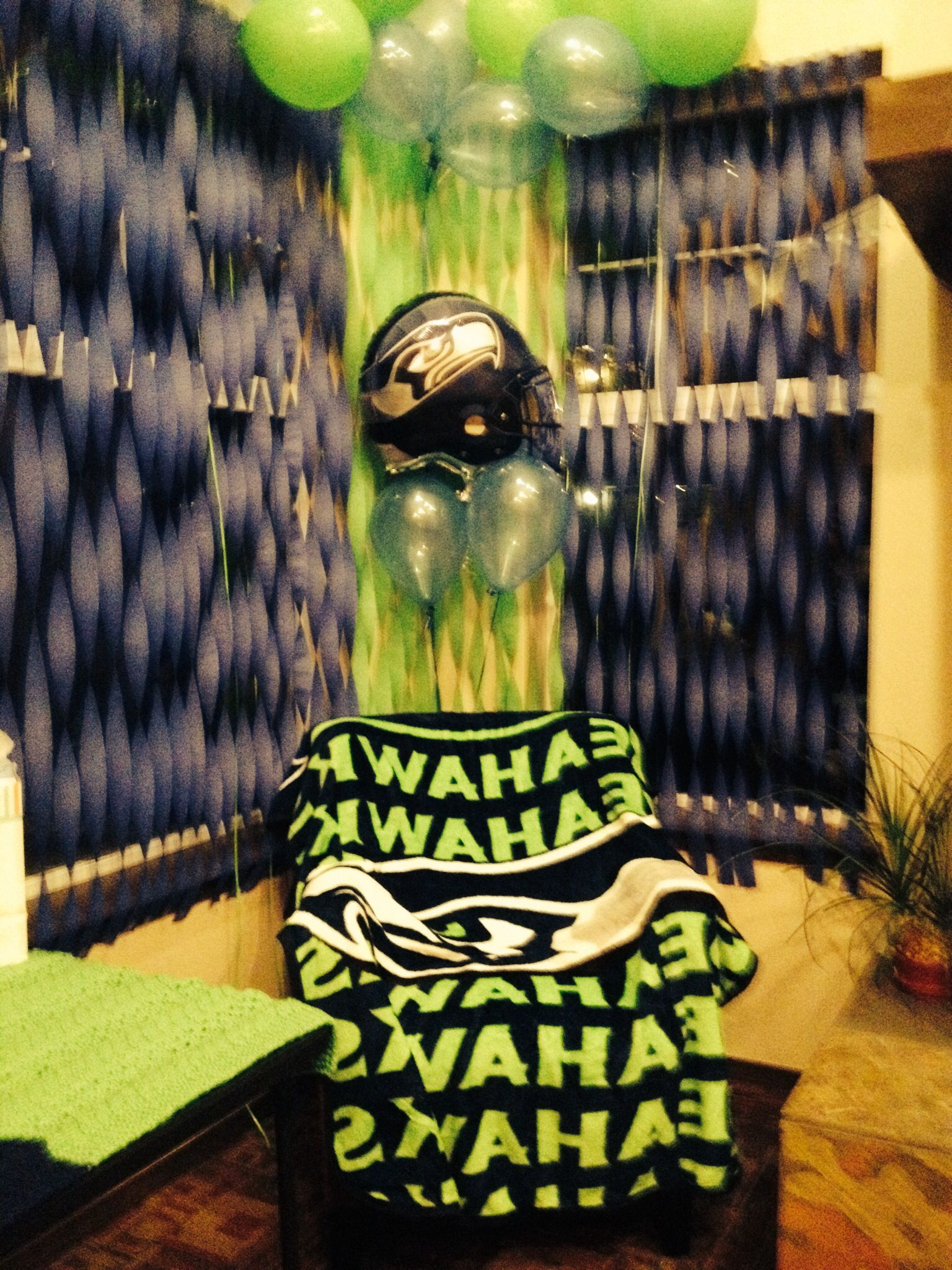 check out 6ea61 46713 Seahawks Baby Shower <3 | Crysta's baby shower | Football ...