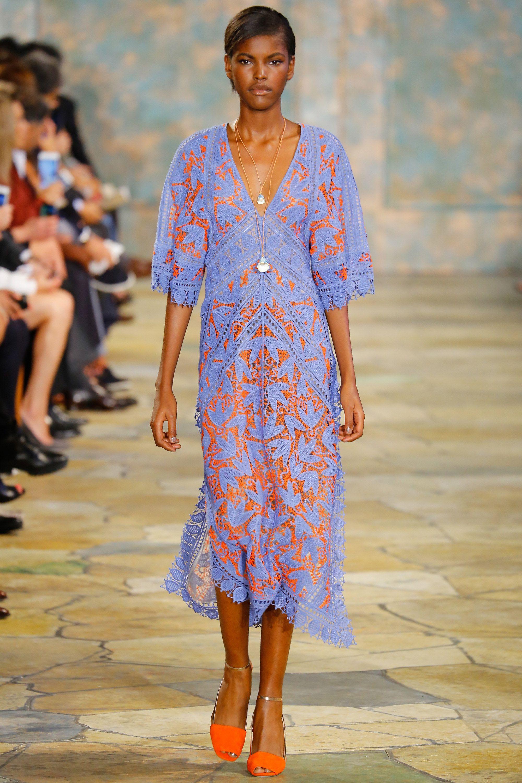 Tory Burch verão 2016: tecidos naturais e ar boho