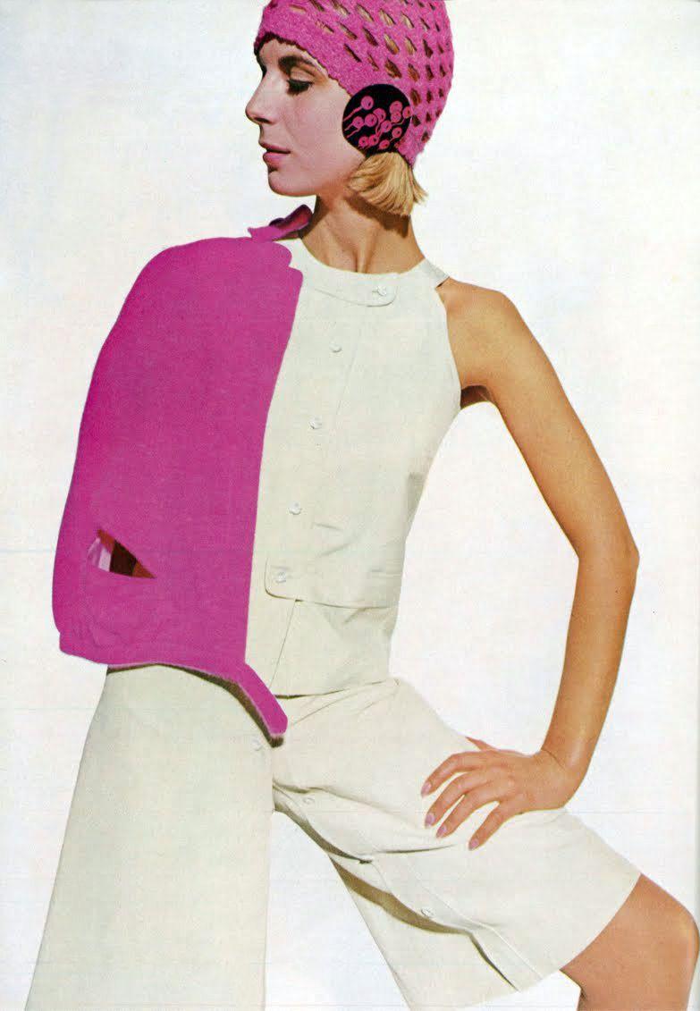 Susie Smith in Emmanuelle Khanh by Hispard. Vogue UK 1965   Randoms ...