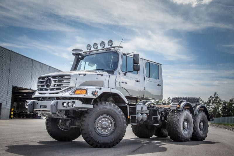 Mercedes zetros dual cab xrs 7200 pinterest for Mercedes benz zetros 6x6 expedition vehicle