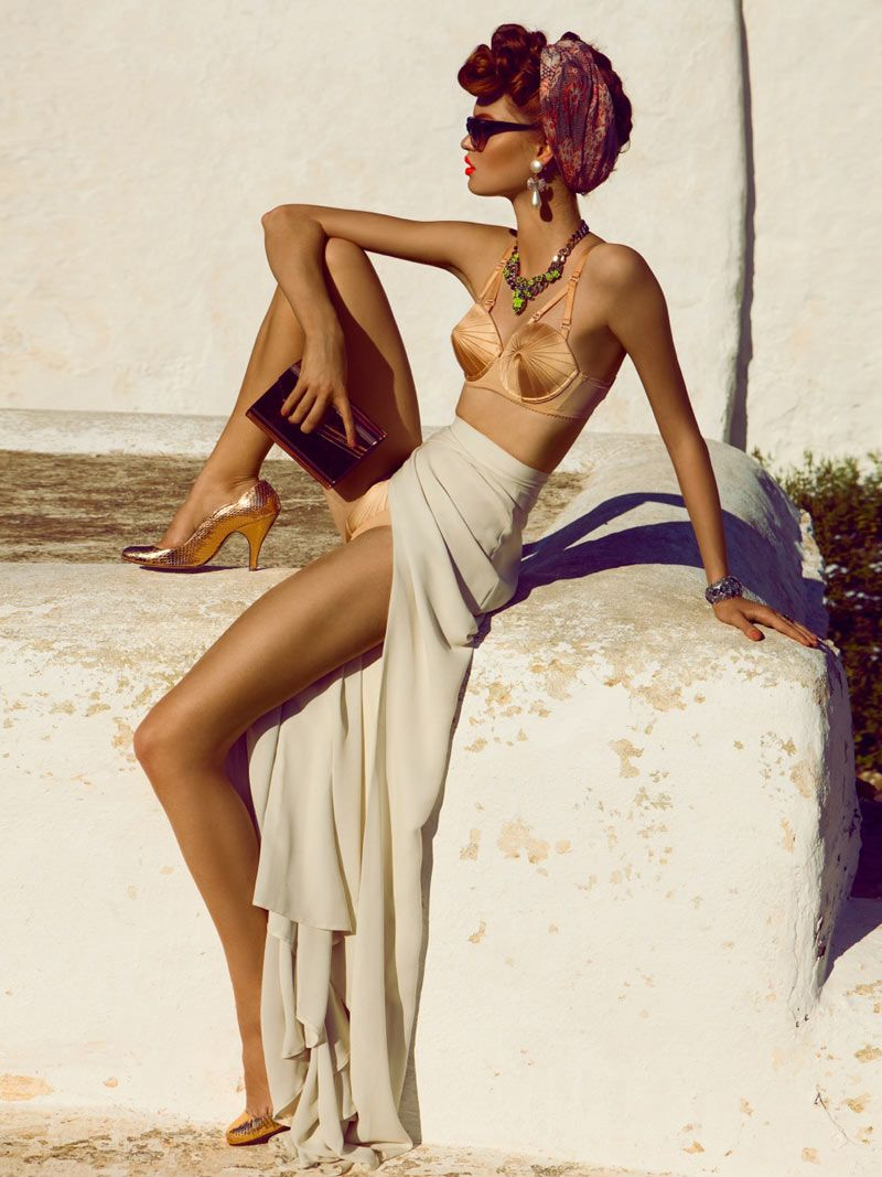 We're smitten by the scarf-tying techniques in this editorial. #swim #style