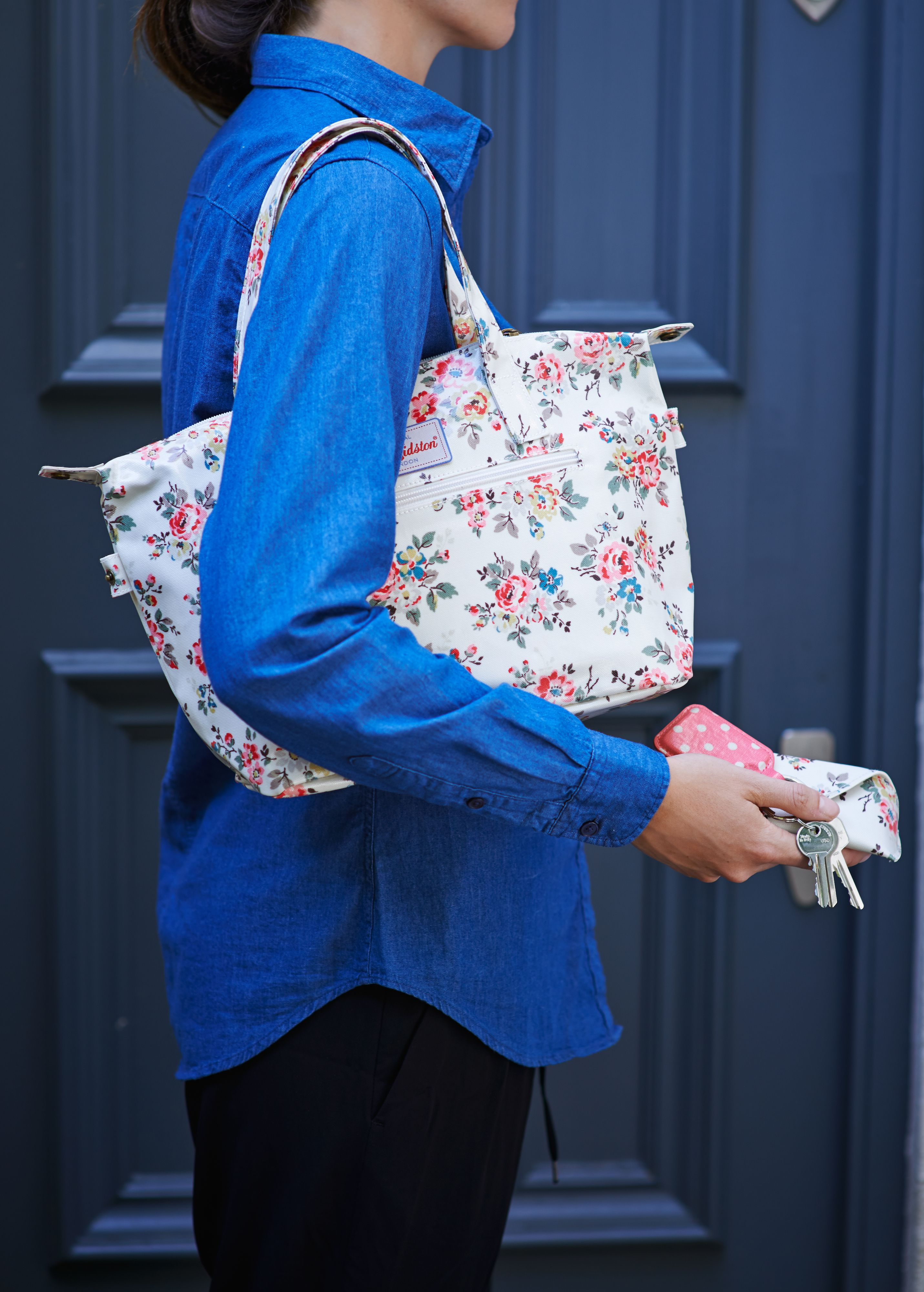 63a9ca45e Cath Kidston autumn new collection | Kingswood Rose Large Zipped Shoulder  Bag
