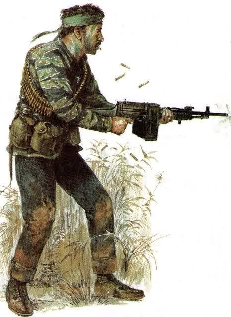 Guerre du Vietnam, US trooper Stoner 63 assault rifle - pin by Paolo Marzioli