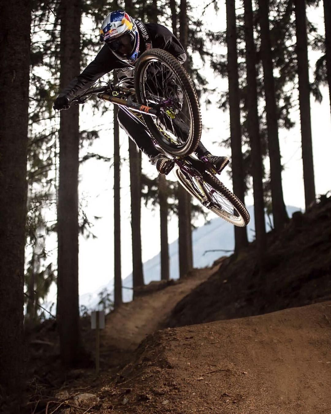 25 1k Likes 67 Comments Fabio Wibmer Wibmerfabio On Instagram Sending It Into The Week Pc Honne86 Specialized Demo Downhill Mountainbike