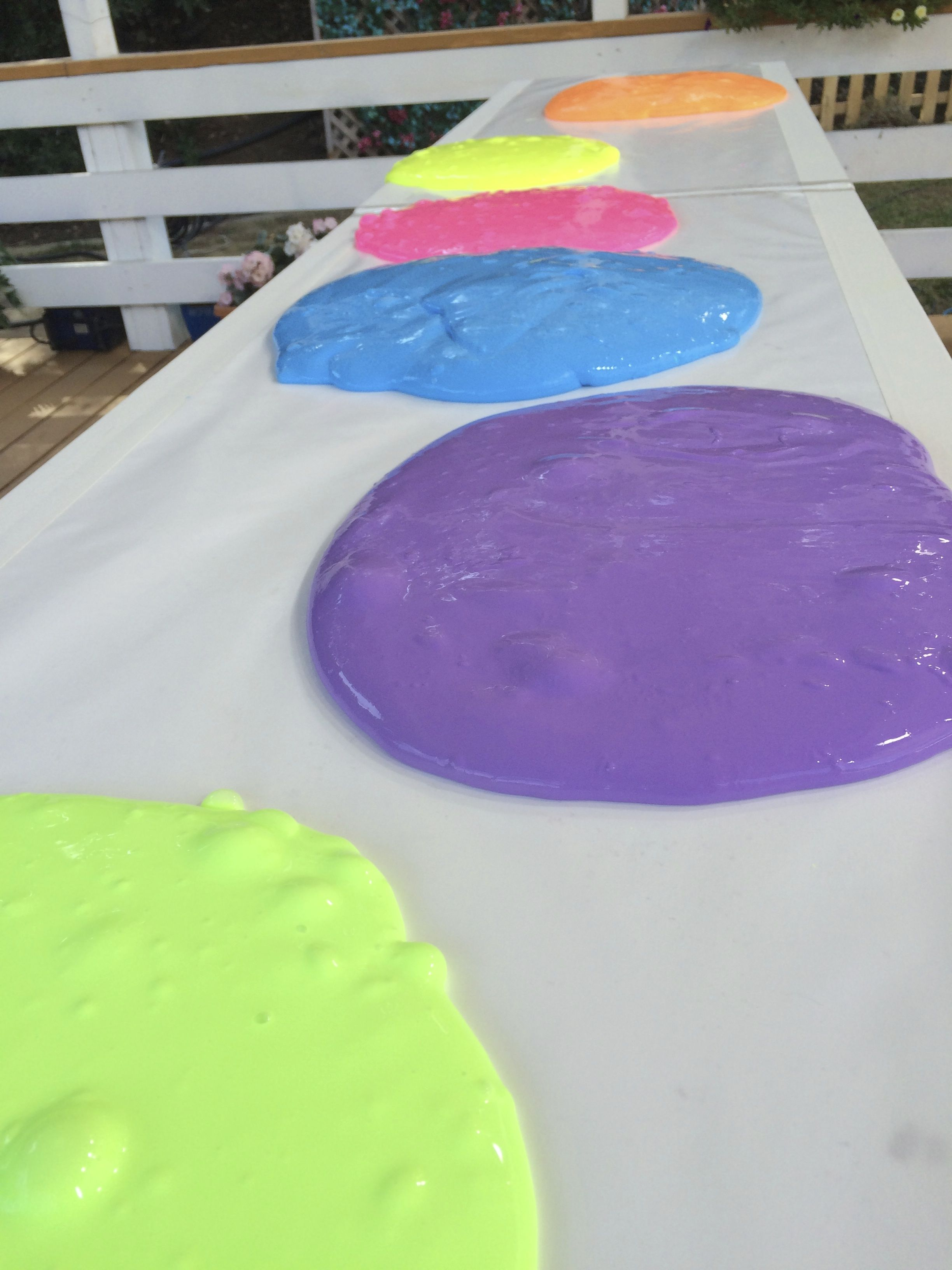 how to make fluorescent slime