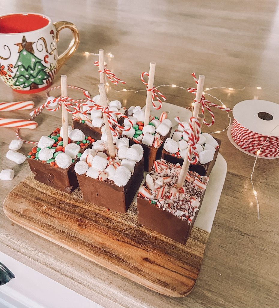 easy hot chocolate on a stick in under 10 minutes life by leanna hot chocolate gifts diy hot chocolate chocolate sticks pinterest