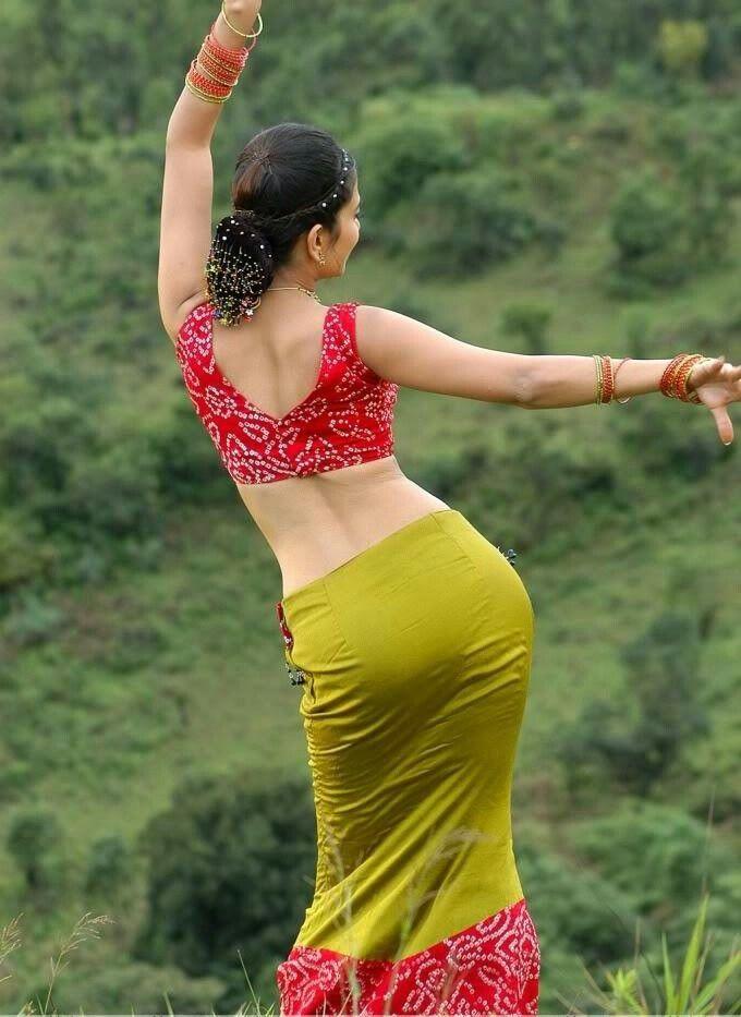 Hot ass saree Pin On I Love Indian Actress