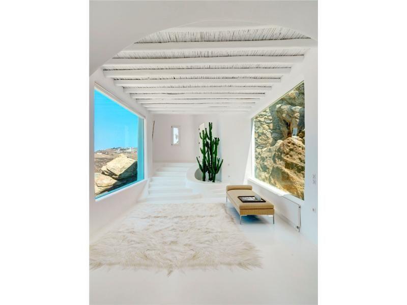White Luxury house in Mykonos, Greece 06