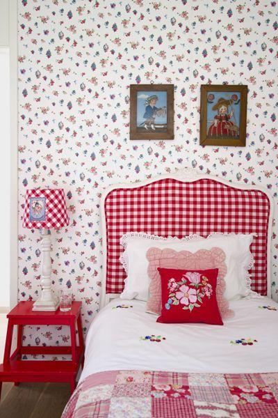 Best Cute Checked Headboard Beige Wallpaper Red Decor Red 400 x 300