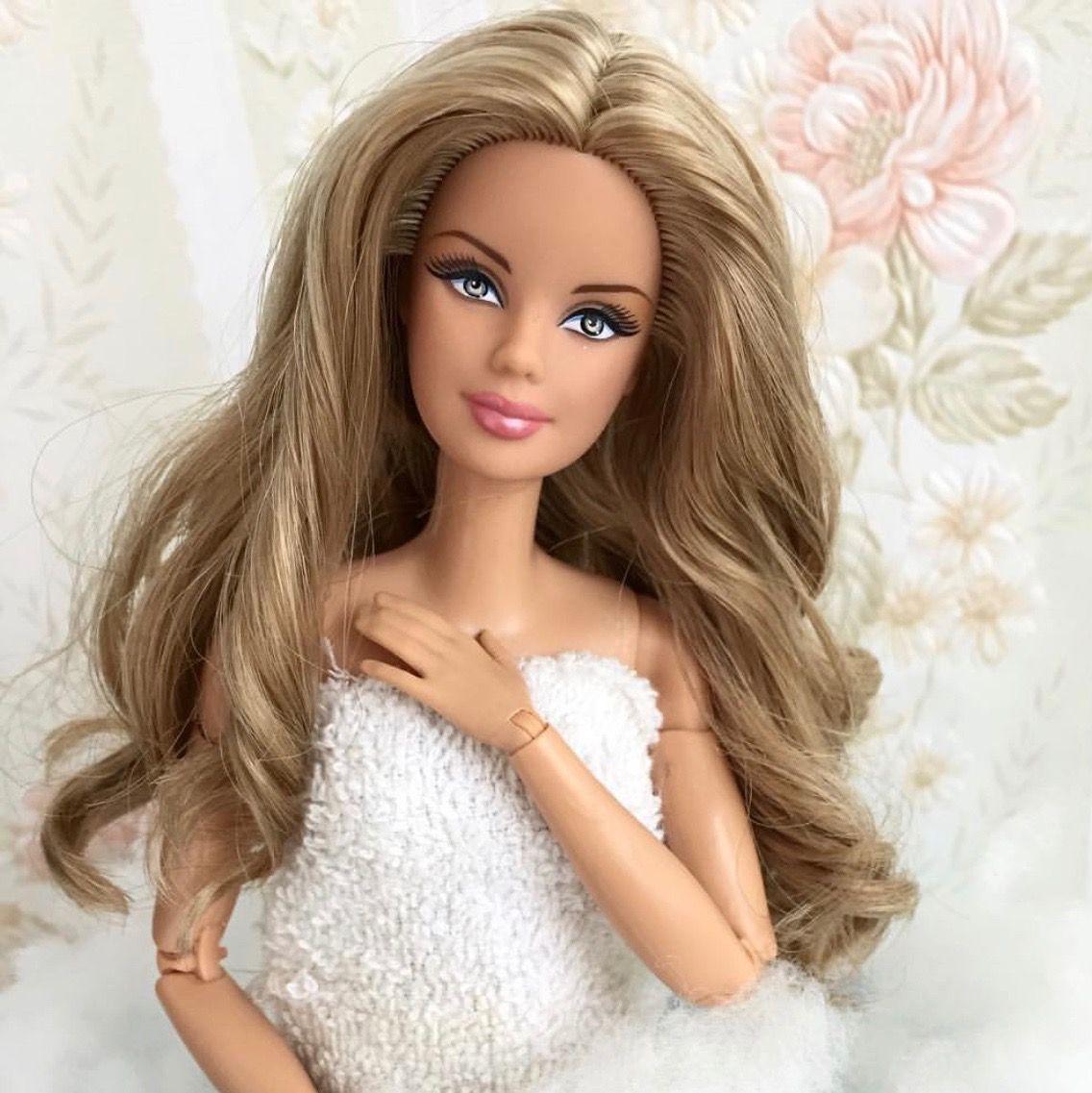38.3.33 dollsloverssa   Long hair styles, Barbie, Barbie dolls