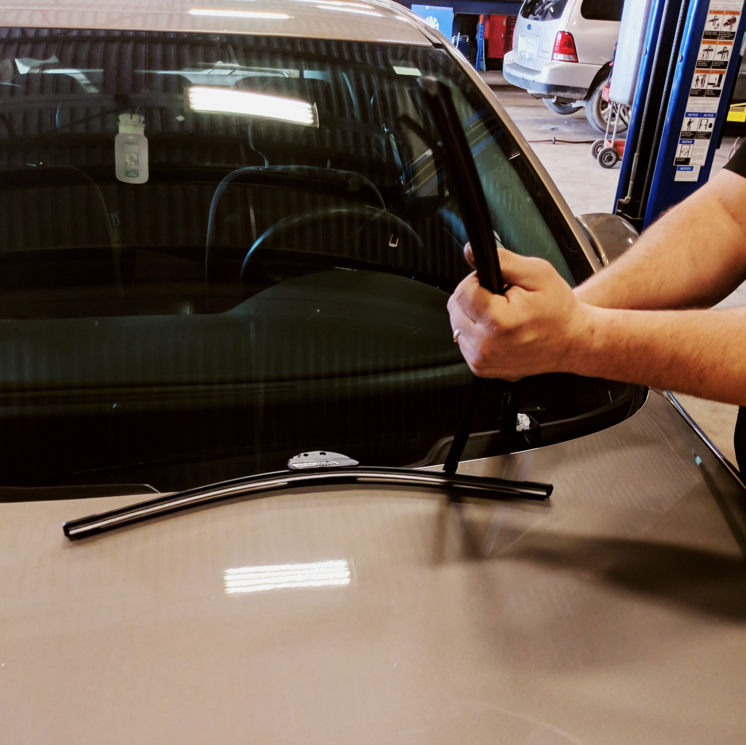 Auto Service Thorold Auto Parts Auto Service Windshield