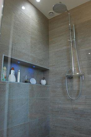 Douche italienne et niche avec incrustation de leds dans Salles de - salle de bain moderne douche italienne