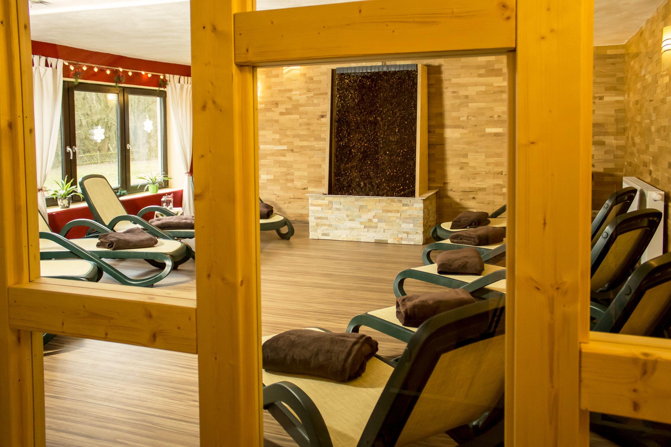 Aktiv Vital Hotel Thuringen Ruheraum Mit Gradierwerk Im Grossen Wellnessbereich Mit Bildern Ruheraum Thuringen