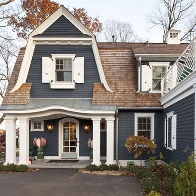 13 Exterior Paint Colors To Help Sell Your House House Exterior Pinterest Brown Roofs