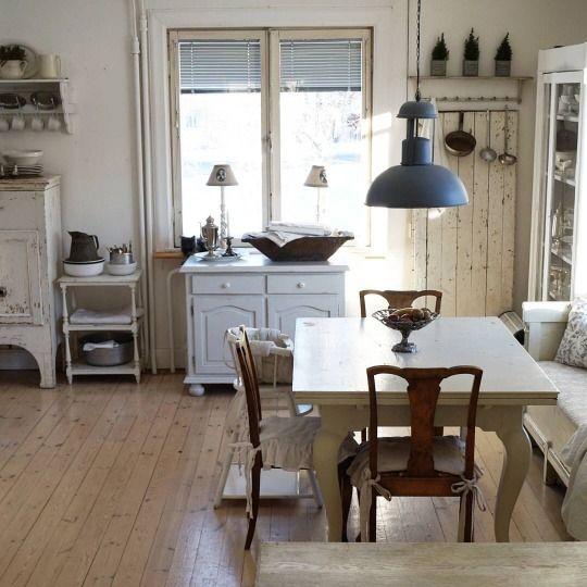 Norwegian farmhouse | Farmhouses | Pinterest on norwegian farm life, norwegian apartment, norwegian open sandwich, norwegian outhouse, norwegian homestead,