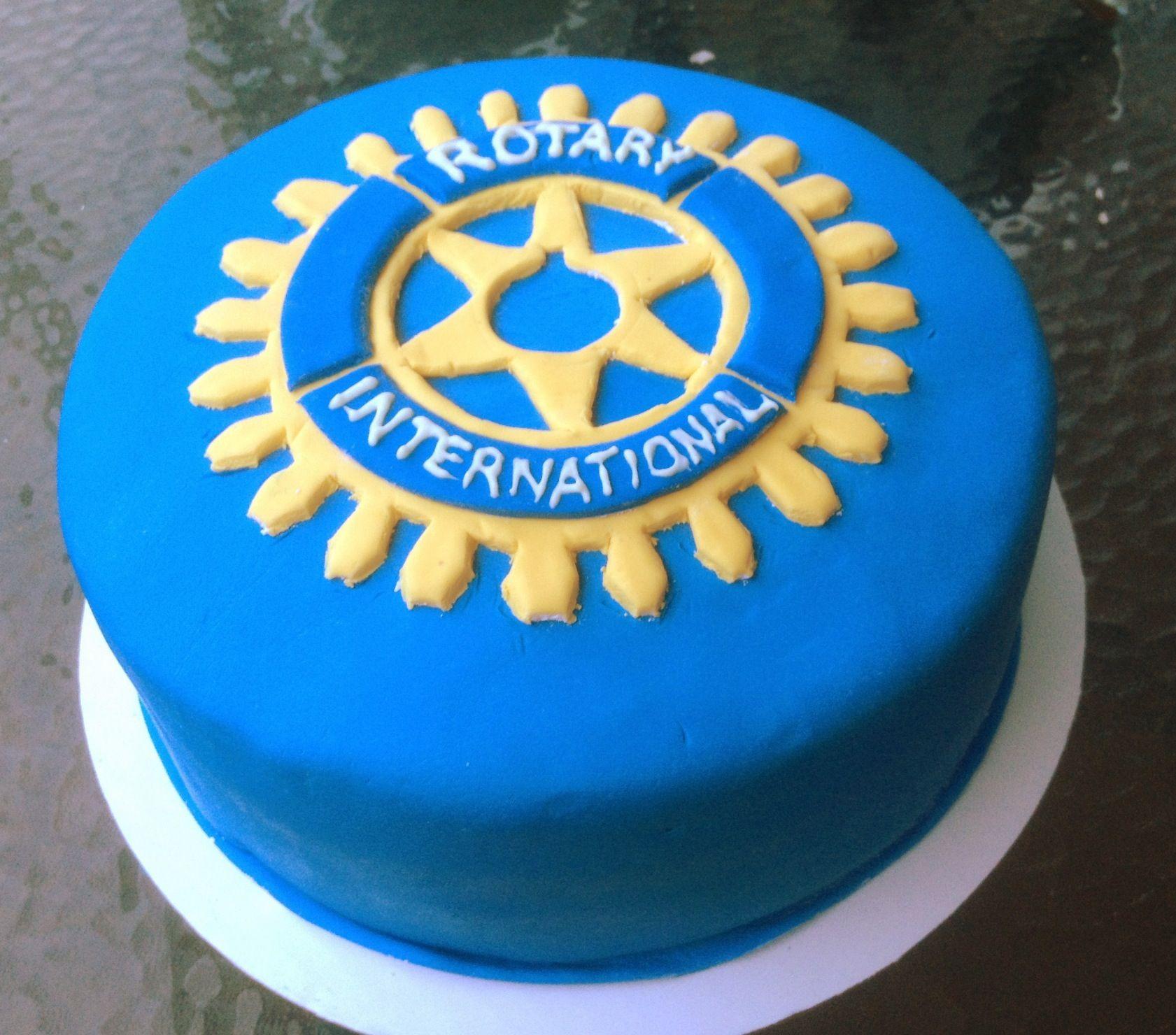 00566633517 Rotary Club Logo Cake