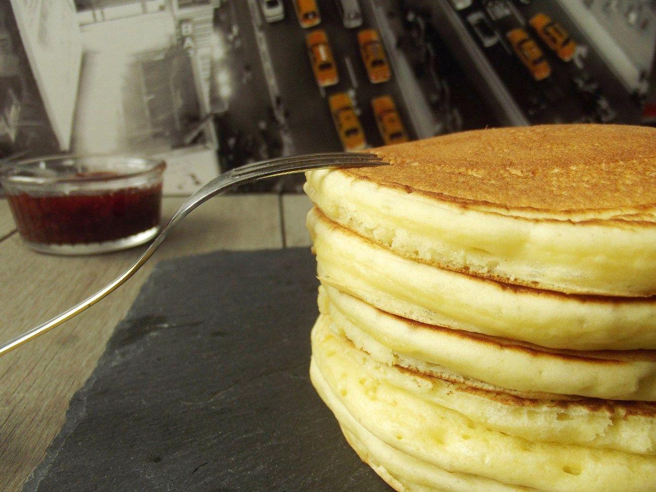 Des pancakes bien dodus et moelleux comme ceux qu'il n'est possible de trouver qu'à New York