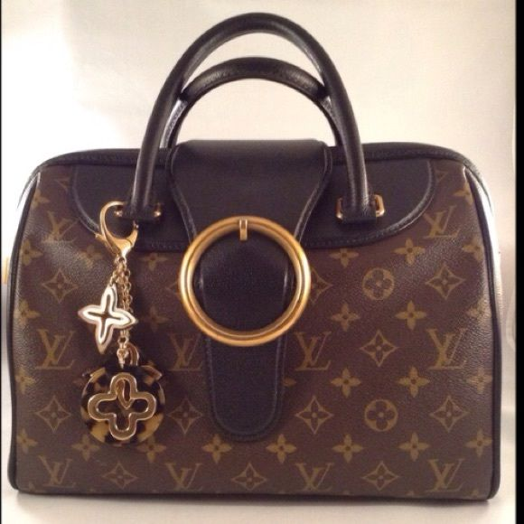 d76c866aba5a Louis vuitton · ❗️SALE❗ Limited Edition Canvas Golden Arrow Authentic LV Limited  Edition BLK monogram canvas