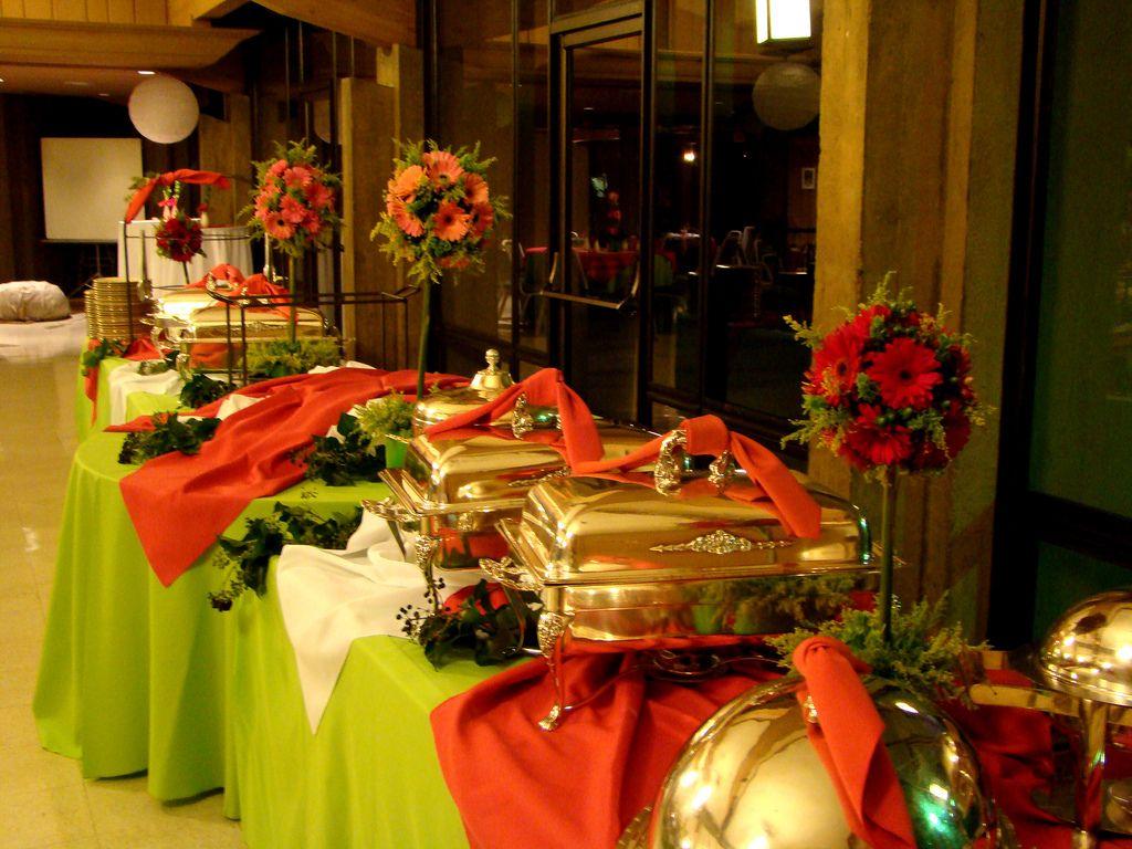 Christmas buffet table decoration ideas - Christmas Buffet Table Setting Idea