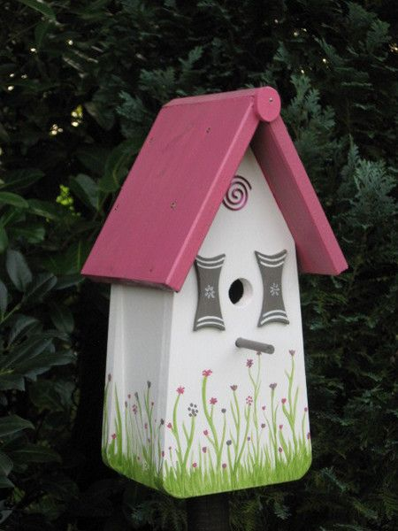 wir bieten ihnen eine tolle vogelvilla nistkasten zum kauf. Black Bedroom Furniture Sets. Home Design Ideas