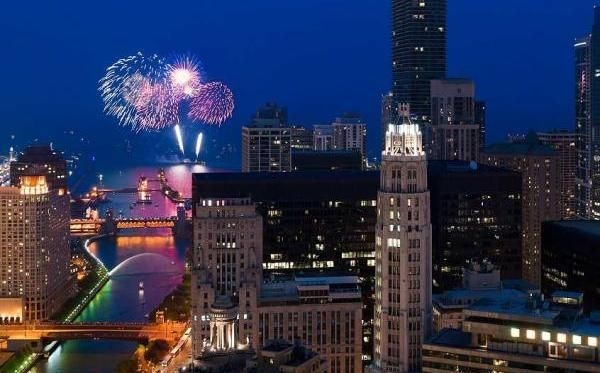 Discover 2020 New Year S Eve In Chicago New Year Celebration Holidays Around The World