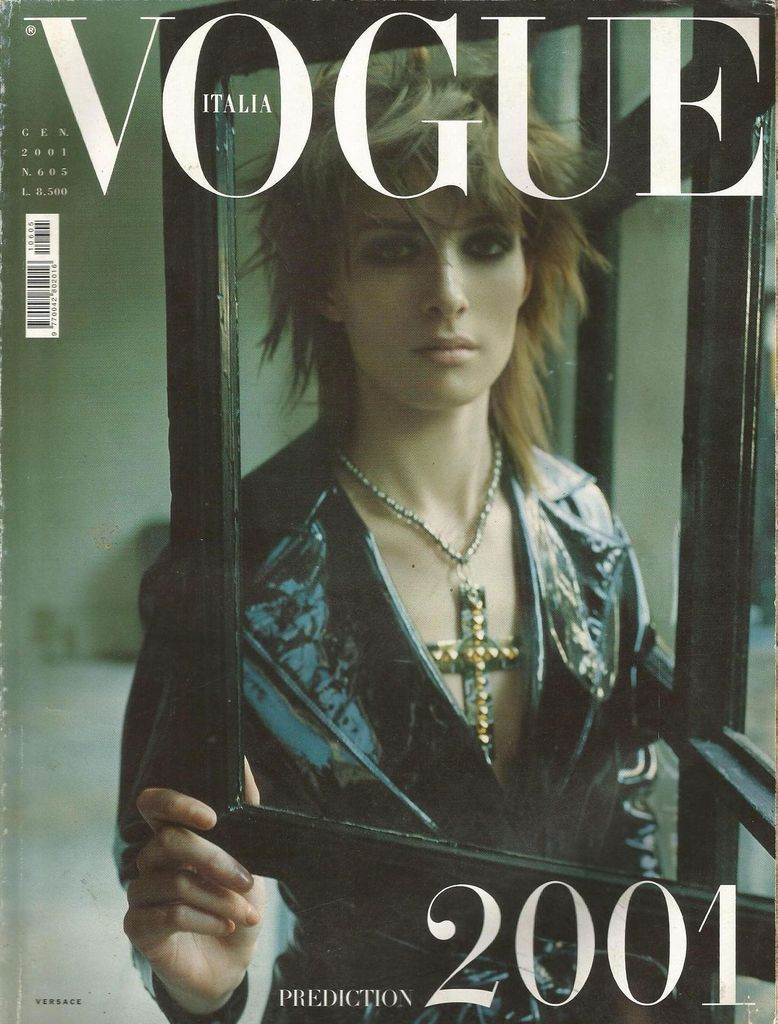 #kimpeers by #stevenmeisel for #vogueitalia magazine january 2001 available at #magazinecult webstore
