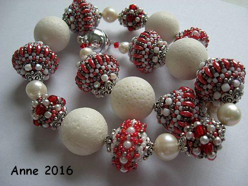 Collier Mit Speed Beads , Goperle und Antoinette nach Martina Schweighart.