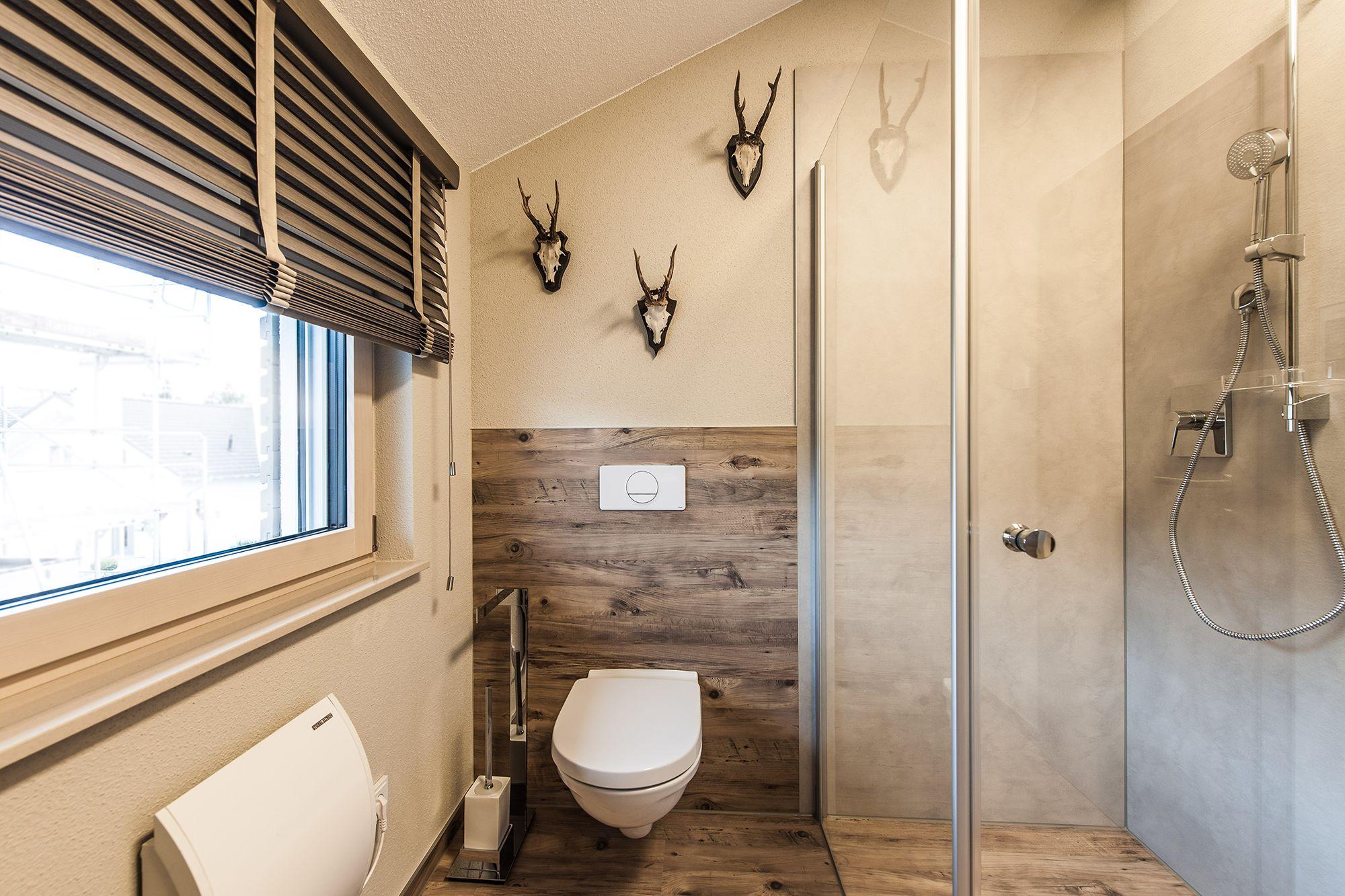 Wohnideen Badezimmer Mit Ebenerdiger Dusche Viel Holz Und Rustikaler Dekoration Fingerhaus Fertighaus Kaufen Fertighauser