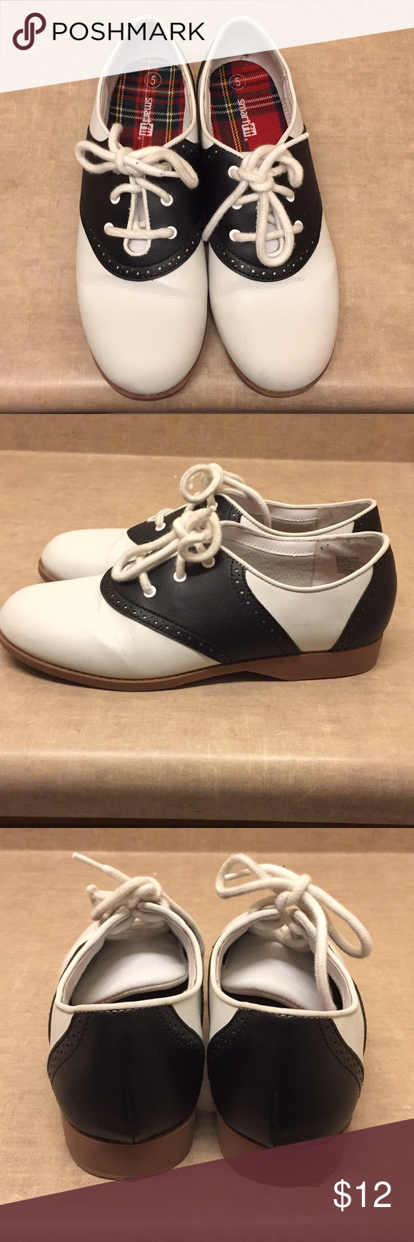 b9ef99333ea 50 s Saddle Oxford Smart Fit Shoes (Girls) Excellent used condition. Worn  once for a 50 s party Smart Fit Shoes