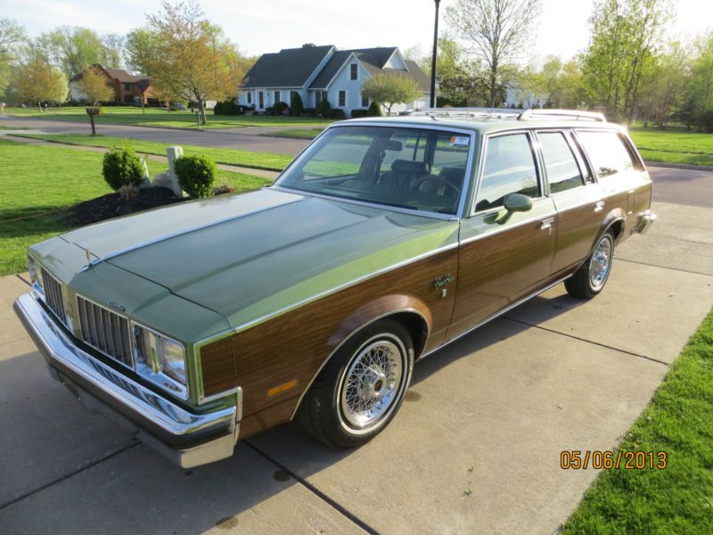 Pin By Mark Hoffman On Cars From My Youth Woody Wagon Oldsmobile Oldsmobile Cutlass