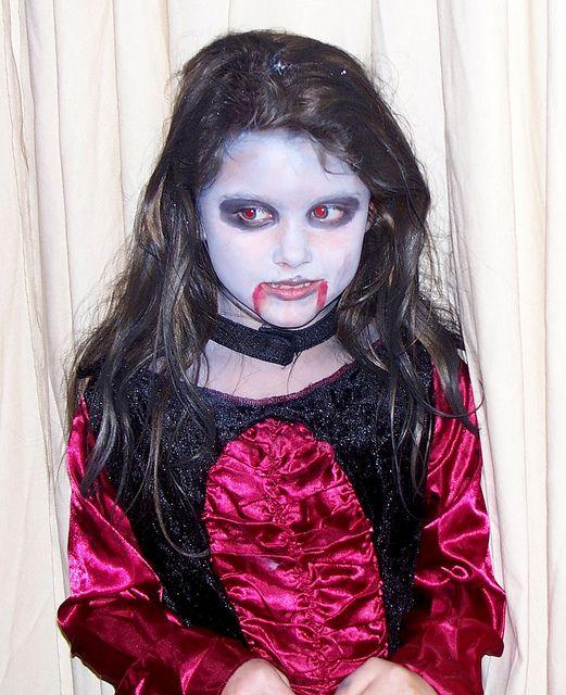Scary Kids Vampire Costume Halloween Looks Scary Kids Halloween