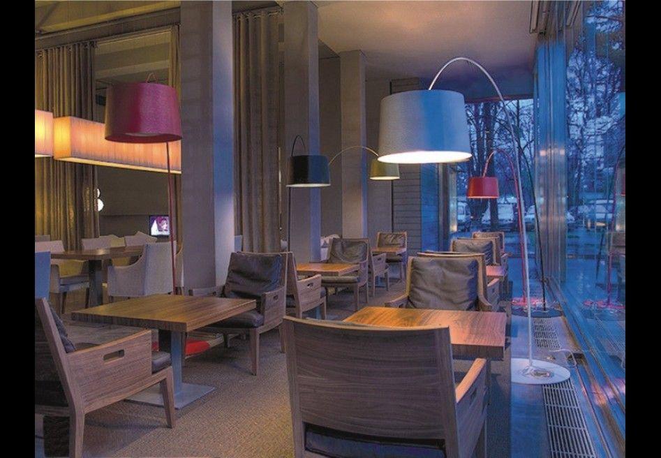 Illuminazione Tavoli Ristorante : Ristorante sheher a belgrado serbia interni interiors