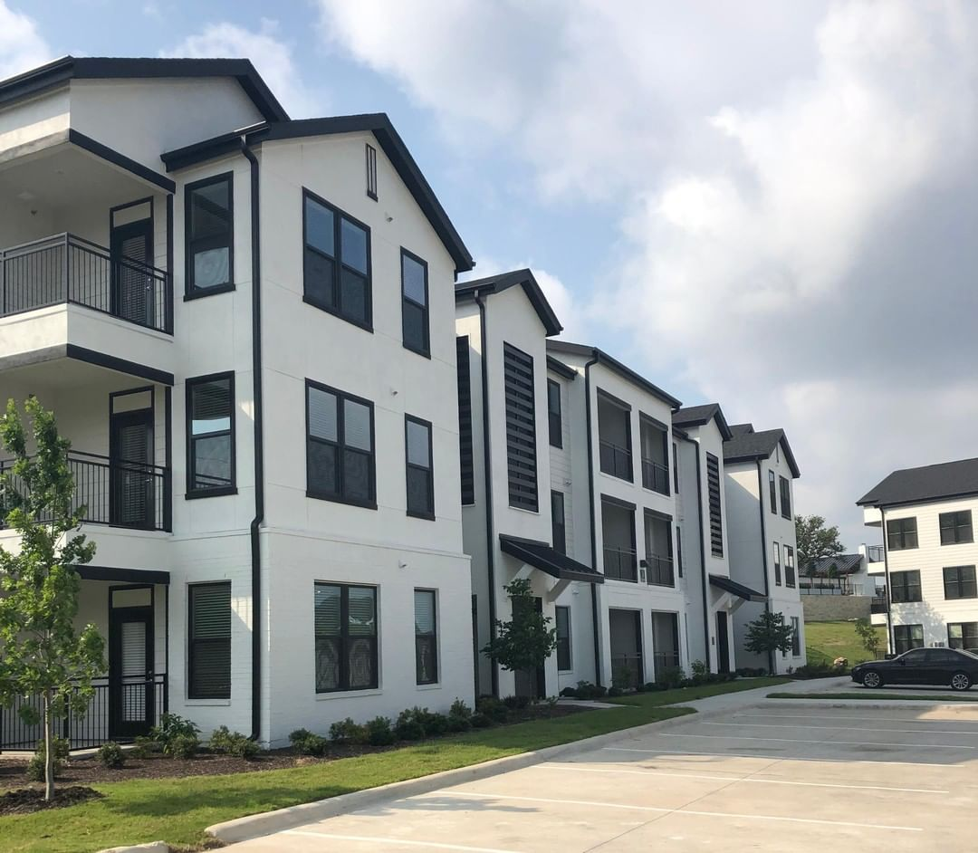 One Of Our New Garden Style Apartment Concepts Opening In San Antonio Hill Country Plaza A Great Example Of Design E House Styles Architecture Garden Styles