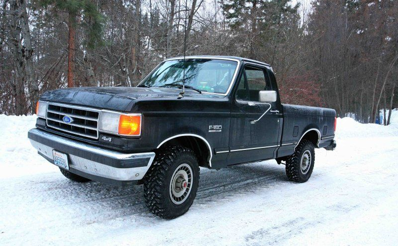 my dream truck. short bed & bench seat. all black 1989 ford f-150