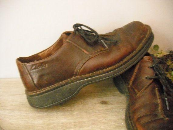 Vintage brown leather loafers 9 12 vintage Clarks