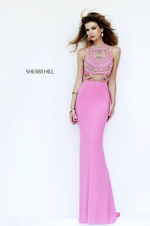 Traje de fiesta en rosa con cuerpo bordado al más puro estilo étnico ...