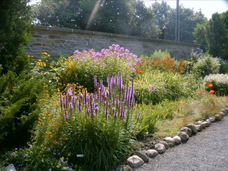 consejos para jardines decorados efectivos con gravas