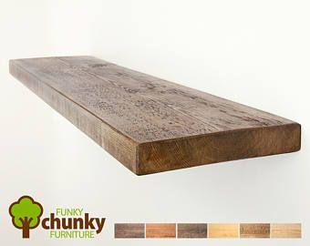 Rustieke zwevende planken muur montage massief houten plank