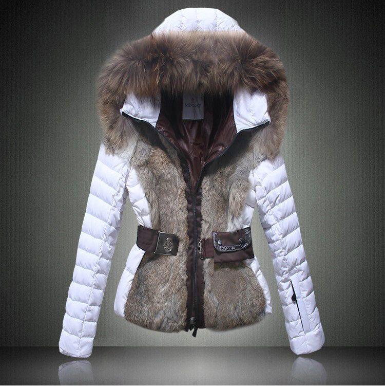 achat moncler veste femme doudoune fourrure Gris Blanc boutique. 2014  Moncler Grenoble Jagerhorn luxe fourrure Down Jacket pour les femmes en  Gris Blanc cf6f3761eb7