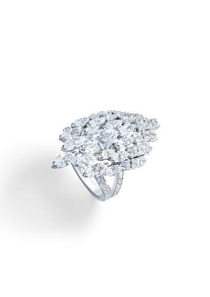 Piaget Secrets & Lights Diamond Ring