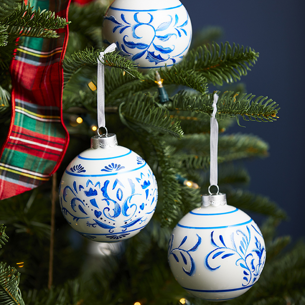 Raz 4 Blue And White Delft Scroll Glass Ball Christmas Ornament 3912535 Blue Christmas Ornaments Christmas Ornaments Glass Ball Ornaments
